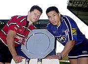 Kassam Stadium, OXFORD, Parker Pen Shield Press Conference.<br /> 23/04/2002 Kassam Stadium<br /> Goloucester's Henry Paul and Sale's Apollo Perelini, with the Parker Pen Shield,