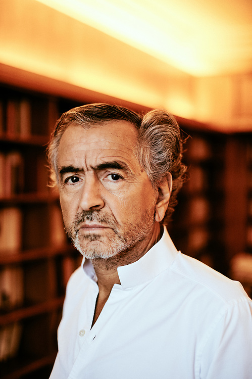 Bernard Henri-Levy, aka BHL, writer, philosopher, at home in Paris, France. January 22, 2019.<br /> Bernard Henri-Levy, alias BHL, philosophe et ecrivain, chez lui a Paris, France. January 22, 2019.