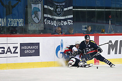 04.01.2015, Dom Sportova, Zagreb, CRO, KHL League, KHL Medvescak vs Slovan Bratislava, 43. Runde, im Bild Bill Thomas, Andrej Stasny. // during the Kontinental Hockey League 43th round match between KHL Medvescak and Slovan Bratislava at the Dom Sportova in Zagreb, Croatia on 2015/01/04. EXPA Pictures © 2015, PhotoCredit: EXPA/ Pixsell/ Davor Puklavec<br /> <br /> *****ATTENTION - for AUT, SLO, SUI, SWE, ITA, FRA only*****