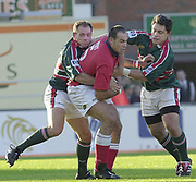 Leicester, Welford Road, Leicestershire, 30/09/2001, Chris Wyatt,  Llanelli's lock, with ball,  during the,  Heineken Cup, match, Leicester Tigers vs Llanelli, Heineken Cup,<br /> [Mandatory Credit: Peter Spurrier/Intersport Images],<br /> Leicester Tigers v Llanelli Euro Cup  <br /> 29/9/01