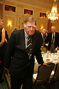 SIR BERNARD INGHAM. Oldie magazine's Oldie of the Year Awards 2006. Simpson's. the Strand. London.21 March 2006.  ONE TIME USE ONLY - DO NOT ARCHIVE  © Copyright Photograph by Dafydd Jones 66 Stockwell Park Rd. London SW9 0DA Tel 020 7733 0108 www.dafjones.com
