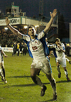 Photo: Leigh Quinnell.<br /> Nuneaton Borough v Middlesbrough. The FA Cup.<br /> 07/01/2006. Gez Murphy celebrates scoring a penalty for Nuneaton.