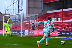 Connor Roberts of Swansea City races towards the home penalty area - Mandatory by-line: Nick Browning/JMP - 29/11/2020 - FOOTBALL - The City Ground - Nottingham, England - Nottingham Forest v Swansea City - Sky Bet Championship