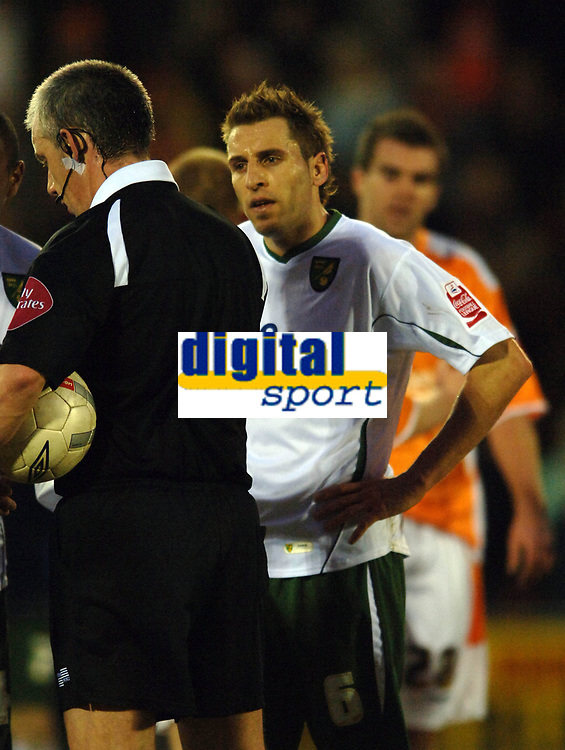 Photo: Paul Greenwood.<br />Blackpool v Norwich City. The FA Cup. 27/01/2007. Norwich's Darren Huckerby remonstrates with Referee Mr C Foy at the end of the game