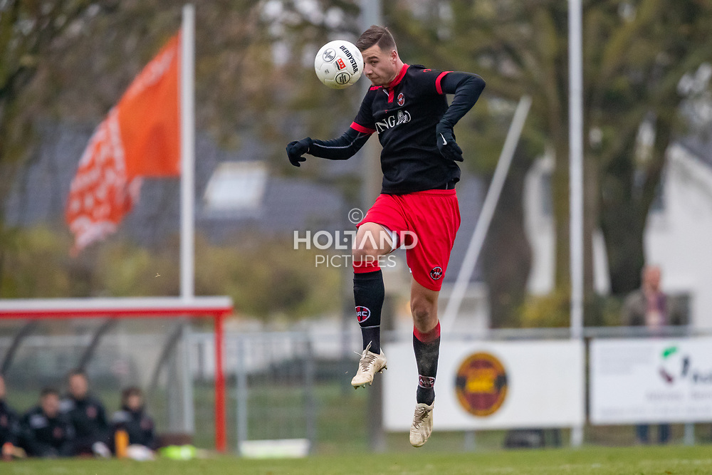 24-11-2018: Voetbal: ARC v WVHEDW: Alphen aan den Rijn<br /> 1e klasse A - Seizoen 2018-2019<br /> (L-R) #4 Luca Janszen (ARC)