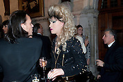 MATTHEW WILLIAMSON; JODIE HARSH, British Fashion awards 2009. Supported by Swarovski. Celebrating 25 Years of British Fashion. Royal Courts of Justice. London. 9 December 2009