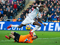 Football - 2017 / 2018 Premier League - Swansea City vs. Brighton & Hove Albion<br /> <br /> Tammy Abraham of Swansea City fails to take a chance at goal & is defied by Mat Ryan of Brighton and Hove Albion at The Liberty Stadium.<br /> <br /> COLORSPORT/WINSTON BYNORTH