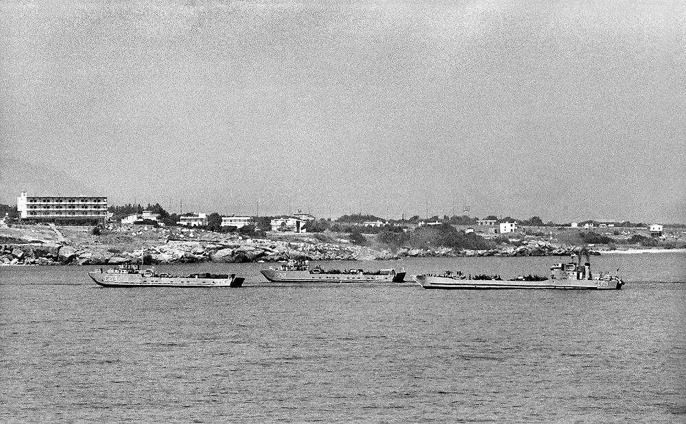 Cyprus War 20 July–18 August 1974. Turkish invasion of Cyprus code-name by Turkey, Operation Attila. Turkish invading forces coming ashore in lnaval landing craft on the island of Cyprus near Kyrenia July 1974. Photo by Terry Fincher.