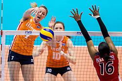 18-05-2016 JAP: OKT Nederland - Dominicaanse Republiek, Tokio<br /> Nederland is weer een stap dichterbij kwalificatie voor de Olympische Spelen. Dit dankzij een 3-0 overwinning op de Dominicaanse Republiek / Quinta Steenbergen #7, Yonkaira Paola Peña Isabel #16