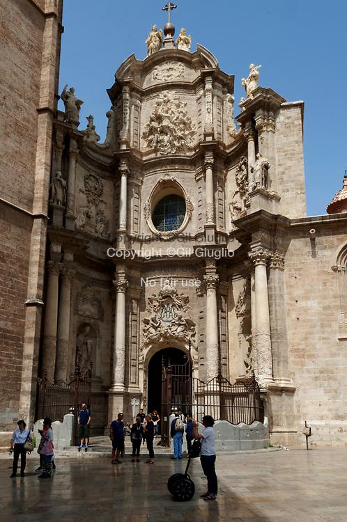 Espagne, Valence, vieille-ville, parvi cathédrale Sainte-Marie de Valence// Spain, Valencia, old town, Saint-Mary of Valencia