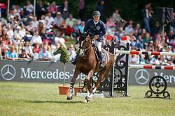 BOST Roger Yves (FRA), Sunshine du Phare <br /> Hamburg - 89. Deutsches Spring- und Dressur Derby 2018<br /> Global Champions League<br /> 12.Mai 2018<br /> www.sportfotos-lafrentz.de/Stefan Lafrentz