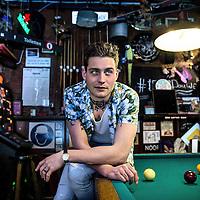 Nederland, Amsterdam, 13 april 2016.<br /> Douwe Bob, geboren als Douwe Bob Posthuma, is een Nederlands singer-songwriter. Hij won in augustus 2012 de eerste editie van de door Giel Beelen bedachte talentenjacht op televisie, De beste singer-songwriter van Nederland.<br /> Douwe bob vertegenwoordigd het Eurovisie Songfestival 2016 in Stockholm met het liedje slow down.<br /> <br /> <br /> Foto: Jean-Pierre Jans