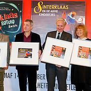 NLD/Amsterdam/20121113 - Presentatie DE Sinterklaasboekjes 2012, schrijvers en illustrators, Herman Finkers, Carll Cneut, Jan Terlouw,Ann de Bode, Carice van Houten