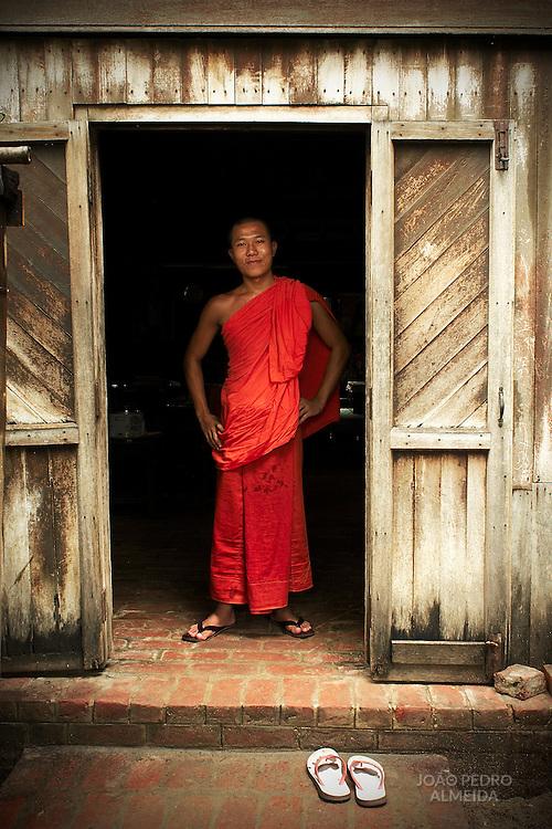 Monk an small monastery at Mandalay