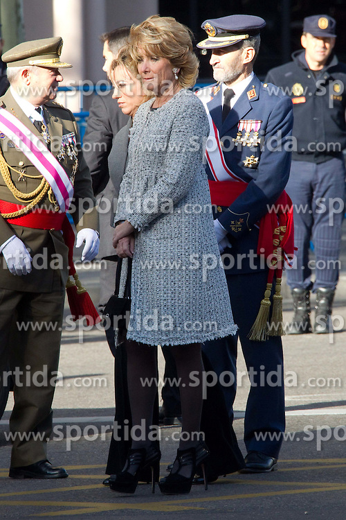 12.10.2010, Madrid, ESP, Spain National Day in Madrid, im Bild Princess Letizia, Prince Felipe, Princess Elena, Princess Cristina and Inaki Urdangarin, King Juan Carlos and Queen Sofia attend the military parade at Spain`s National Day in Madrid. Pictured Esperanza Guirre, Madrid President. EXPA Pictures © 2010, PhotoCredit: EXPA/ Alterphotos/ Cesar Cebolla +++++ ATTENTION - OUT OF SPAIN / ESP +++++