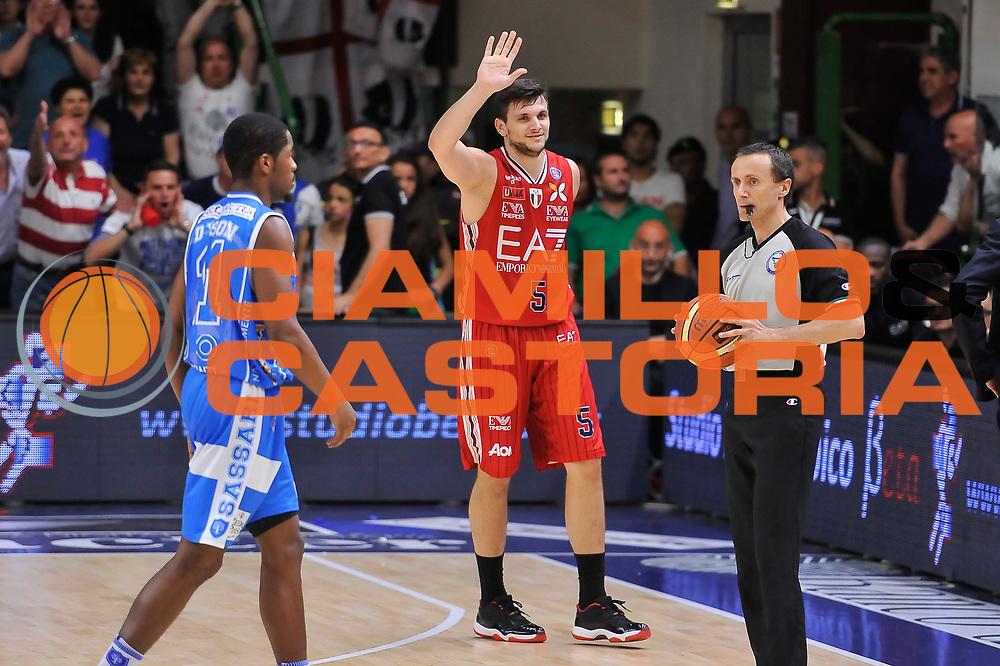 DESCRIZIONE : Campionato 2014/15 Serie A Beko Semifinale Playoff Gara4 Dinamo Banco di Sardegna Sassari - Olimpia EA7 Emporio Armani Milano<br /> GIOCATORE : Alessandro Gentile<br /> CATEGORIA : Ritratto Delusione<br /> SQUADRA : Olimpia EA7 Emporio Armani Milano<br /> EVENTO : LegaBasket Serie A Beko 2014/2015 Playoff<br /> GARA : Dinamo Banco di Sardegna Sassari - Olimpia EA7 Emporio Armani Milano Gara4<br /> DATA : 04/06/2015<br /> SPORT : Pallacanestro <br /> AUTORE : Agenzia Ciamillo-Castoria/L.Canu<br /> Galleria : LegaBasket Serie A Beko 2014/2015