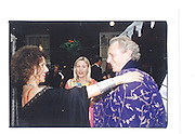 Cleo Shard, Caryn Hibbert, Mark Shard, Indian Palace Ball, St James's Square, 8th July 2002© Copyright Photograph by Dafydd Jones 66 Stockwell Park Rd. London SW9 0DA Tel 020 7733 0108 www.dafjones.com