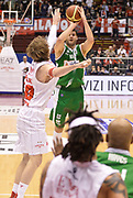 DESCRIZIONE : Milano campionato serie A 2013/14 EA7 Olimpia Milano Sidigas Avellino <br /> GIOCATORE : Kaloyan Ivanov<br /> CATEGORIA : tiro<br /> SQUADRA : Sidigas Avellino<br /> EVENTO : Campionato serie A 2013/14<br /> GARA : EA7 Olimpia Milano Sidigas Avellino<br /> DATA : 29/12/2013<br /> SPORT : Pallacanestro <br /> AUTORE : Agenzia Ciamillo-Castoria/R. Morgano<br /> Galleria : Lega Basket A 2013-2014  <br /> Fotonotizia : Milano campionato serie A 2013/14 EA7 Olimpia Milano Sidigas Avellino<br /> Predefinita :