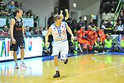 DESCRIZIONE : Eurocup 2013/14 Gr. J Dinamo Banco di Sardegna Sassari -  Brose Basket Bamberg<br /> GIOCATORE : Travis Diener<br /> CATEGORIA : Ritratto Esultanza<br /> SQUADRA : Dinamo Banco di Sardegna Sassari<br /> EVENTO : Eurocup 2013/2014<br /> GARA : Dinamo Banco di Sardegna Sassari -  Brose Basket Bamberg<br /> DATA : 19/02/2014<br /> SPORT : Pallacanestro <br /> AUTORE : Agenzia Ciamillo-Castoria / Luigi Canu<br /> Galleria : Eurocup 2013/2014<br /> Fotonotizia : Eurocup 2013/14 Gr. J Dinamo Banco di Sardegna Sassari - Brose Basket Bamberg<br /> Predefinita :