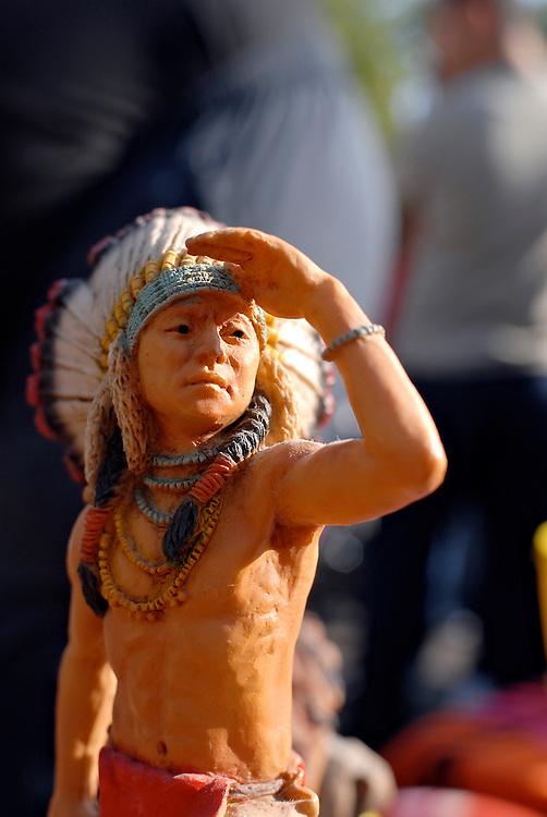 Häuptling Indianer Figur auf Flohmarkt  big kahuna , indian chief, chief, native american as toy figure 
