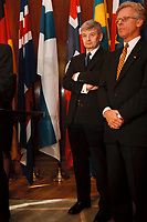 20 OCT 1999, BERLIN/GERMANY:<br /> Joschka Fischer, B90/Grüne, Bundesaußenminister, während einem Pressestatement zum Treffen mit den Außenministern der Nordischen Staaten Europas, rechts: Knut Vollebaek, AM Norwegen, Pacelliallee, Berlin-Dahlem <br /> IMAGE: 19991020-02/01-27