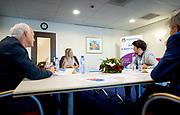 DEN HAAG, 10-6-2020 Koningin Maxima tijdens een werkbezoek aan een locatie van geestelijke gezondheidszorginstelling (GGZ) Parnassia Groep in Den Haag. Het bezoek ging over de (mogelijke) gevolgen van de coronapandemie op de geestelijke gezondheidszorg.<br /> <br /> Queen Maxima during a working visit to a location of mental health care institution (GGZ) Parnassia Groep in The Hague. The visit was about the (possible) consequences of the corona pandemic on mental health care.