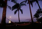 Moonset, Wailea Beach, Maui, Hawaii