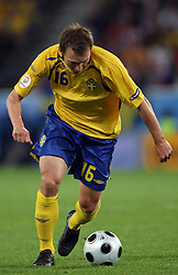 Kim Kallstrom of Sweden (16) during the UEFA EURO 2008 Group D soccer match between Sweden and Russia at Stadion Tivoli NEU, on June 18,2008, in Innsbruck, Austria. Russia won 2:0. (Photo by Vid Ponikvar / Sportal Images)