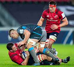 Jean Kleyn of Munster  under pressure from Olly Cracknell of Ospreys<br /> <br /> Photographer Simon King/Replay Images<br /> <br /> European Rugby Champions Cup Round 1 - Ospreys v Munster - Saturday 16th November 2019 - Liberty Stadium - Swansea<br /> <br /> World Copyright © Replay Images . All rights reserved. info@replayimages.co.uk - http://replayimages.co.uk