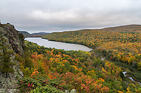 This is the classic view of Lake of the Clouds that most people see. I got here just in time to shoot a few pictures before it got dark.<br /> <br /> Date Taken: 9/30/14