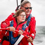 © Maria Muina I MAPFRE. John Bertrand and his wife Rosa Bertrand on boar MAPFRE. John Bertrand y su mujer Rosa Bertrand a bordo del MAPFRE.
