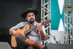 Leonardo Quadros se apresentam na 41a Expointer realizada em Esteio, Rio Grande do Sul. FOTO: Gustavo Granata/ Agência Preview