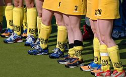15-05-2005 HOCKEY: DEN BOSCH - HIGHTOWN: EUROPACUP 1: DEN BOSCH<br /> Den Bosch heeft vandaag de finale bereikt van het toernooi om de Europa Cup voor landskampioenen. De Brabantse ploeg deed dat met overmacht: 7-1 tegen het Engelse Hightown / Allemaal andere schoenen<br /> ©2005-WWW.FOTOHOOGENDOORN.NL
