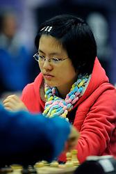 18-01-2009 SCHAKEN: CORUS CHESS: WIJK AAN ZEE<br /> Yifan Hou CHN <br /> ©2009-WWW.FOTOHOOGENDOORN.NL