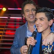 NLD/Hilversum/20140221 - Finale The Voice Kids 2014, Marco Borsato met winnaar Ayoub Haach