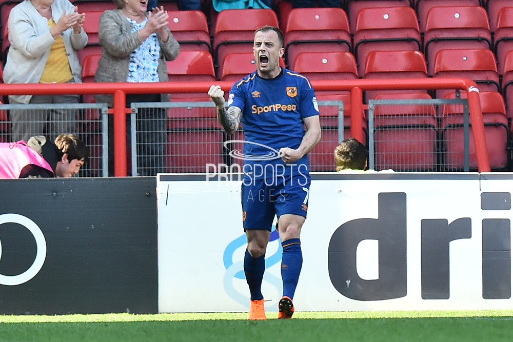 (Caption Correction) Goal - AKamil Grosicki (7) of Hull City celebrates a goal scored by Fraizer Campbell (25) of Hull City to make the score 4-5 during the EFL Sky Bet Championship match between Bristol City and Hull City at Ashton Gate, Bristol, England on 21 April 2018. Picture by Graham Hunt.