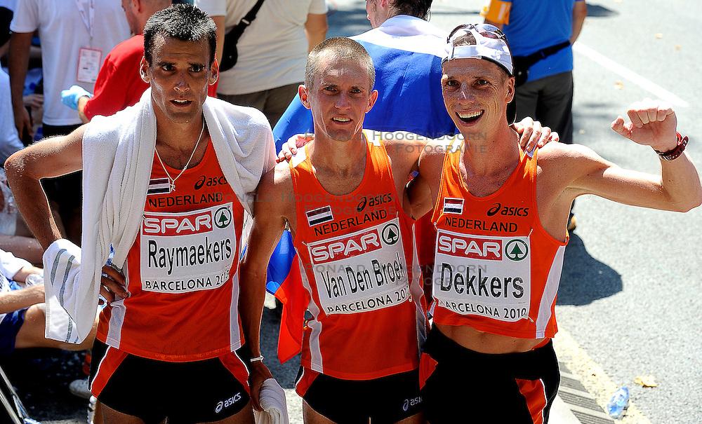 01-08-2010 ATLETIEK: EUROPEAN ATHLETICS CHAMPIONSHIPS: BARCELONA <br /> Koen Raymaekers, Hugo van den Broek and Rens Dekkers NED are 17th, 14th and 13th in the marathon. <br /> ©2010-WWW.FOTOHOOGENDOORN.NL