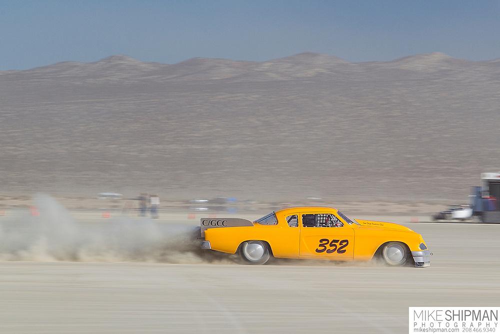 Coe + Thompson, 352, eng C, body GCC, driver Terry Coe, 182.442 mph, record 224.632