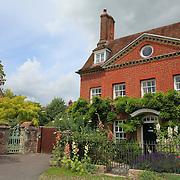 Georgian Home With Garden - Salisbury, UK