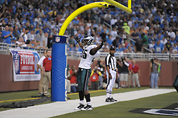 DETROIT - SEPTEMBER 19: Running back LeSean McCoy #25 of the Philadelphia Eagles celebrates a touchdown during the game against the Detroit Lions on September 19, 2010 at Ford Field in Detroit, Michigan. (Photo by Drew Hallowell/Getty Images)  *** Local Caption *** LeSean McCoy