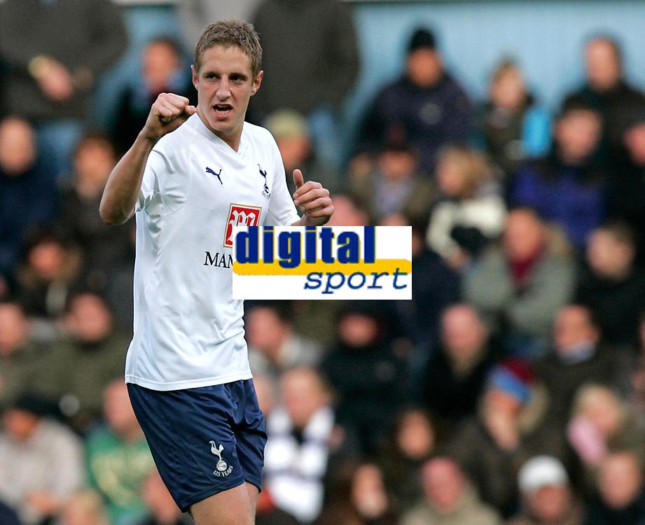 Photo: Tom Dulat/Sportsbeat Images.<br /> <br /> West Ham United v Tottenham Hotspur. The FA Barclays Premiership. 25/11/2007.<br /> <br /> Michael Dawson of Tottenham Hotspur celebrates his equliser for the team. 1-1