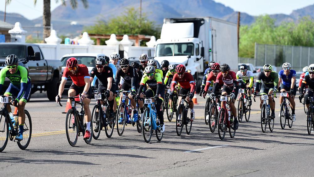El Tour de Tucson 2019 finishers approaching the race's final corner. Bike-tography by Martha Retallick.