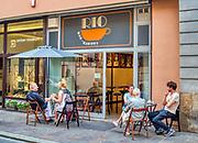 """Krakow 2019-07-20. Legendarna krakowska kawiarnia """"RIO"""", otwarta w 1959 roku, jedna z najstarszych kawiarni w Krakowie. Kultowe miejsce w którym od lat spotyka się  krakowska bohema."""