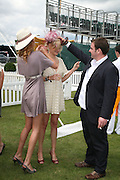 Olivia Inge, Alexia Inge and Huw Davies, The Veuve Clicquot Gold Cup 2007. Cowdray Park, Midhurst. 22 July 2007.  -DO NOT ARCHIVE-© Copyright Photograph by Dafydd Jones. 248 Clapham Rd. London SW9 0PZ. Tel 0207 820 0771. www.dafjones.com.