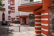 the Naumann housing estate in the district Riehl, built in the years 1927-1929, salesrooms at the corner of the houses, Cologne, Germany.<br /> <br /> die Naumannsiedlung im Stadtteil Riehl, in den Jahren 1927-1929 erbaut, Ladenlokale an den Hausecken, Koeln, Deutschland.