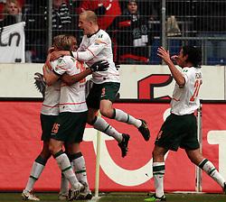 13.02.2010, AWD Arena, Hannover, GER, Hannover 96 vs SV Werder Bremen, Spieltag 22, im Bild  Naldo (BRA Werder Bremen #4) erzielt das 2:0. Jubel mit Marko Marin (GER Werder Bremen #10), Claudio Pizarro (PER Werder Bremen #24), Peter Niemeyer (GER Werder Bremen #25), Petri Pasanen (FIN Werder Bremen #3), EXPA Pictures © 2010 for Austria only, Photographer EXPA / NPH / Arend / Sportida.com