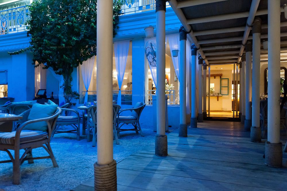 Olive Beach, the restaurant at the stylish Hotel Diplomat. In keeping with the international neighborhood, Olive Beach serves modern Mediterranean food in a sophisticated alfresco setting. (9 Sardar Patel Marg, Dip. Enclave, Chankyapuri, Ph: (011) 4606 0604)
