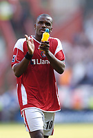 Photo: Olly Greenwood.<br />Charlton Athletic v Sheffield United. The Barclays Premiership. 21/04/2007. Charlton's  Daren Bent looks dejected after the game
