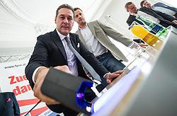 11.03.2014, Medienzentrum, Wien, AUT, FPOe, Pressekonferenz zum Thema: Mariahilfer Strasse. im Bild v.l.n.r. Landesparteiobmann FPOe Wien Heinz-Christian Strache und Klubobmann FPOe Wien Johann Gudenus beleuchten einen Befragungsbogen // during FPOe press conference about Mariahilferstrasse at Media Center in Vienna, Austria on 2014/03/11. EXPA Pictures © 2014, PhotoCredit: EXPA/ Michael Gruber