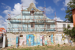 Renovating Building, Otrobanda